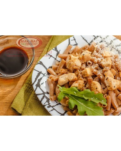 Макароны с курицей в медово-соевом соусе